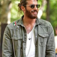 Can Yaman biography, High quality Can Yaman pictures, Best Can Yaman photo galleries. Latest Can Yaman photos, pictures and images Turkish Men, Turkish Actors, Turkish Fashion, Hair And Beard Styles, Long Hair Styles, How To Look Handsome, Stylish Boys, Early Bird, Gorgeous Men