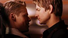 tumblr_n9972qYTTi1r31pfeo1_400.gif (325×183) Queer As Folk, Love And Lust, All You Need Is Love, Showtime Tv Series, Brian And Justin, Perfect Kiss, Under The Rainbow, Candle In The Wind, Will And Grace