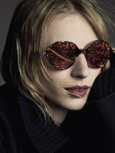 Dior dévoile des lunettes de soleil féminines et sophistiquées