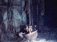 Titanic ~ A chandelier had survived the journey to the bottom of the sea