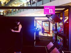 An awesome Virtual Reality pic! Super Fun! @htcvive @htc #virtualreality #exhibitiondesign @k11hk #k11 #K11ElectronicVibes #k11hk #HongKong #collective_studio by kybeng check us out: http://bit.ly/1KyLetq