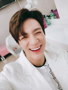 Can you imagine that Lee Jeno is your boyfriend? Nct 127, Jeno Nct, Winwin, Taeyong, Jaehyun, Close Up, Nct Dream Members, Yuta, Entertainment