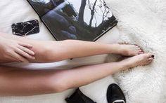 Es gibt eine Übung, die tolle und definierte Beine macht. Wie sie geht, erklären wir dir hier.