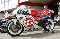 Lucky Strike Suzuki RGV500, ex-Kevin Schwantz. - repined by http://www.motorcyclehouse.com/ #MotorcycleHouse