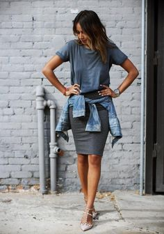 Do you love getting dressed up for events but still want to look like you just threw on an amazing outfit? Julie of Sincerely, Jules absolutely killed it with this gray bodycon skirt. The studded heels add a bit of bling to dress it up. Swap out the denim for a leather jacket for extra edge, or swap a basic tee for a sheer top.