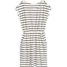 Short-sleeved jersey dress 14,99 ❤ liked on Polyvore featuring dresses, short sleeve jersey dress, short sleeve jersey, white jersey, short-sleeve dresses and jersey dress