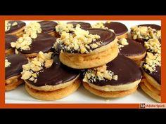 Arašídová kolečka s krémem ze slaného karamelu - YouTube Cheesecake, Youtube, Anna, Food, Cheese Cakes, Cheesecakes, Youtubers, Meals, Cherry Cheesecake Shooters