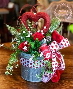 49 Latest Diy Valentine'S Day Decorations Ideas. How are you spending your Valentine's Day? Whether you're spending a romantic night on the town or chilling with family or friends, you can still. Valentine Day Wreaths, Valentines Day Party, Valentine Day Love, Valentine Day Crafts, Valentine Banner, Valentine Nails, Valentine Day Table Decorations, Diy Valentine's Day Decorations, Diy Valentine's Day