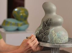 Ceramic Arts Daily – Pottery Video of the Week: Layering Soft-Stamped Underglazes and Sgraffito
