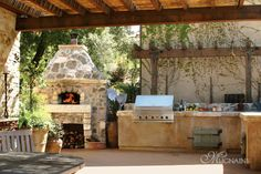Italy's original modular pizza oven. Wood fired oven kits available for indoor and outdoor kitchens. Discover the art of wood fired cooking. Outdoor Barbeque Area, Outdoor Grill, Pizza Oven Outdoor, Barbecue Area, Outdoor Cooking, Backyard Barbeque, Outdoor Rooms, Outdoor Living, Outdoor Kitchens