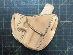 Holster Pattern - this will be useful with different cants for IWB carry Gun Holster, Leather Holster, Leather Belts, Leather Tooling, Leather Wallets, Western Holsters, Leather Working Patterns, Leather Projects, Leather Crafts