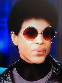 Loving that Prince is rocking the natural!