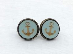 Ohrstecker - Cabochon Ohrstecker Anker blau/türkis  - ein Designerstück von DenieraSchmuckdesign bei DaWanda Designer, Cufflinks, Etsy, Accessories, Jewellery Designs, Anchors, Studs, Blue, Wedding Cufflinks