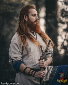 The very first step to get a Viking beard is to grow your own beard. # viking Braids men Viking Beard Tips and Styles (Part 1 of Long Beard Styles, Hair And Beard Styles, Long Hair Styles, Viking Beard Styles, Ginger Men, Ginger Beard, Viking Braids, Beard Tips, Beard Ideas