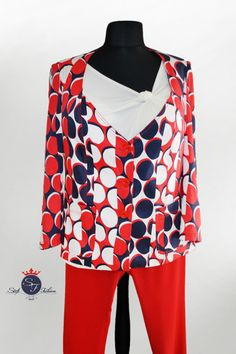 Oblečenie pre moletky. Molet moda. Plus size. Moda. Suits, Blouse, Women, Fashion, Moda, Women's, La Mode, Blouses, Fasion
