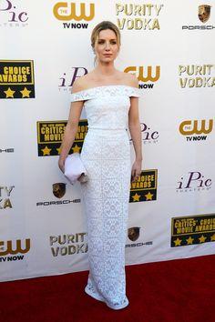 Annabelle Wallis in Burberry Prorsum at the 2014 Critics' Choice Awards