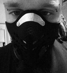 WALK THROUGH  KRAKOW :) #civilisation #grave #struggling  #unHealthyAir #krakow #pollution #smog #krakow #breathe #dust #ash #industrial #consequences #world #mask #respro