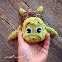 """3,025 Likes, 33 Comments - Амигуруми. Вязаные Игрушки (@amiguru_mi) on Instagram: """"Автор фото @ksucha.crochetlove - подписывайте свои фото тегом #weamiguru, лучшие попадут в нашу…"""""""