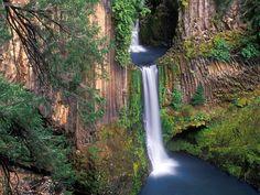 Toketee Falls on the North Umpqua River