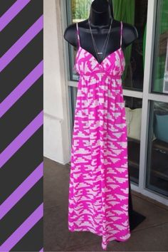 Pretty in pink maxi dress by Eight Sixty! So adorable! Size M! $28 #eightsixty #designer #summer #prettyinpink #ShopPosh #consignment #boutique