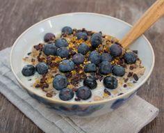 Creamy Coconut Porridge, via Deliciously Ella Deliciously Ella Breakfast, Deliciously Ella Recipes, Sugar Free Recipes, Raw Food Recipes, Cooking Recipes, Granola, Chipotle, Ella Vegan, Healthy Breakfast Recipes
