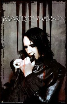 See Marilyn Manson pictures, photo shoots, and listen online to the latest music. Marilyn Manson, Belle Photo, Rock Bands, My Music, Musicians, Brian Warner, Black Angels, Ozzy Osbourne, Johnny Depp