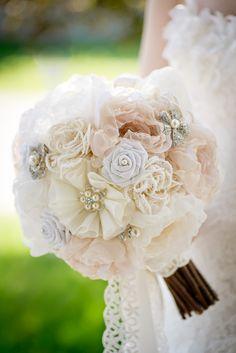 Blog | Mlle Artsy Fabric Flower Brooch Bouquet Handmade DIY Workshop Vintage Lace Pearl