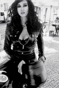 Angelina jolie vulva