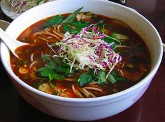 The top ten Vietnamese food dishes you have to try...Spicy Hue Noodle