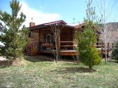 $135/night - Cozy mountain log cabin with Longs Peak View