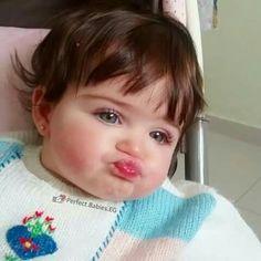 LOL! Cute Little Baby, Little Babies, Baby Love, Baby Kids, Precious Children, Beautiful Children, Beautiful Babies, Cute Baby Pictures, Baby Photos