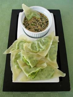 18 Scrumptious Edamame Recipes for the Healthy Cook: Edamame Mushroom Wontons with Dipping Sauce