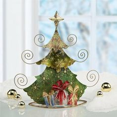 Fascinating Tabletop Christmas Trees is one of the most new, practical, interesting, useful and trendy way for the new Christmas decor. Tabletop Christmas Tree, Holiday Tree, Christmas Crafts, Christmas Ornaments, Christmas Trees, Tree Decorations, Christmas Decorations, Holiday Decor, Snowflake Lights