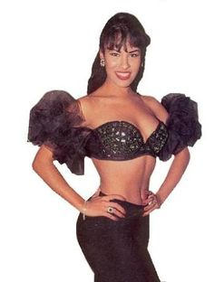 selena quintanilla fashion | Selena Quintanilla Perez Clothing Line http://www.migente.com/Selena/