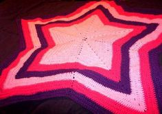 Star afghan Craft Tutorials, Craft Projects, Afghan Blanket, Craft Patterns, Knit Crochet, Diy Crafts, Crochet Blankets, Pillows, Afghans