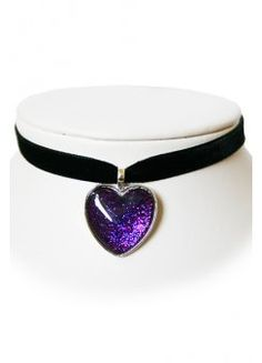 Extreme Largeness Sparkly Heart Velvet Choker, from attitudeclothing Gothic Jewelry, Modern Jewelry, Kawaii Accessories, Jewelry Accessories, Chokers For Kids, Accesorios Casual, Magical Jewelry, Heart Choker, Black Choker
