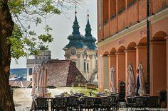 Eger - Hungary Heart Of Europe, Travel Stuff, Places To See, Street View, Architecture, Nature, Hungary, Arquitetura, Naturaleza