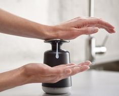 This hygienic soap dispenser features an extra-large, stainless-steel pump head which makes it easy to operate with the wrist or forearm when your hands are messy. Container Dimensions, Modern Bathrooms Interior, Liquid Hand Soap, Joseph Joseph, Home Organisation, Soap Pump, Soap Dispensers, Bar Set, Hand Washing