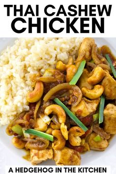 Authentic Thai Cashew Chicken #ThaiRecipes Thai Cashew Chicken, Asian Chicken Recipes, Easy Asian Recipes, Thai Recipes, Keto Recipes, Romantic Dinner Recipes, Easy Dinner Recipes, French Vegetarian Recipes, Traditional French Recipes