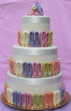 Schattige taart met ballet schoentjes!