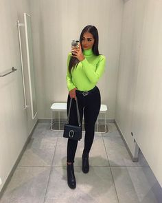 """Merve on Instagram: """"some neon vibes 💚 @millania.shop *Anzeige"""" Green Top Outfit, Neon Green Outfits, Fresh Outfits, Chic Outfits, Trendy Outfits, Fashion Outfits, Ropa Color Neon, Turtleneck Outfit, Body Suit Outfits"""