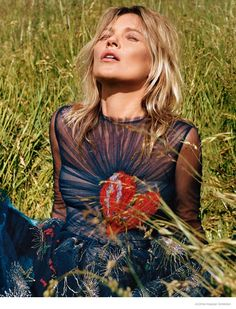 fashion editorials, shows, campaigns & more!: kate moss by alasdair mclellan for anOther autumn/winter 2014 Editorial Photography, Fashion Photography, Photography Magazine, Kate Moss Style, Queen Kate, Fashion Tape, Fashion 2014, Fashion Weeks, Paris Fashion
