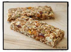 Barres granola aux abricots, aux dattes et aux noix de cajou   Full vedge - Recettes végétariennes et gourmandes!
