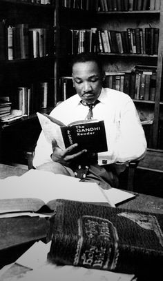 martin luther king jr passive resistance