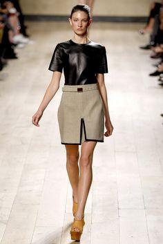 Céline Spring 2010 Ready-to-Wear Fashion Show - Jacquelyn Jablonski (Elite)