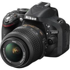 Câmera Digital Nikon DSLR D5200 24.1 Megapixels com Lente 18-55mm VR