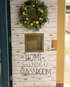 26 farmhouse chic classroom gift ideas 00022 26 farmhouse chic classroom gift ideas 00022 Always aspired to learn to knit, however not certain where do you start? Classroom Decor Themes, Classroom Layout, Classroom Setting, School Decorations, Classroom Design, Preschool Classroom Themes, Classroom Door Decorating Ideas, Classroom Christmas Decor, Teacher Classroom Decorations