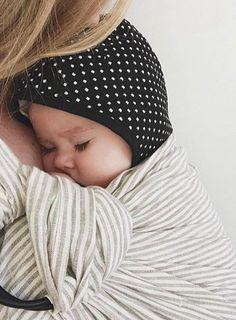 9a8ec144758 FOLLOW ME ON INSTA   elle.martinez . Callie Rowton · Baby Hats