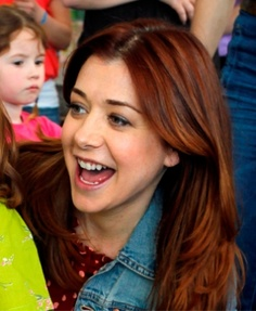 Alyson Hannigan. Love her hair color