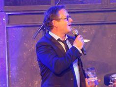 Guus Meeuwis hangt na één jaar als coach bij The Voice of Holland de handdoek in de ring. Dit maakte hij vanochtend bekend bij Radio 538.